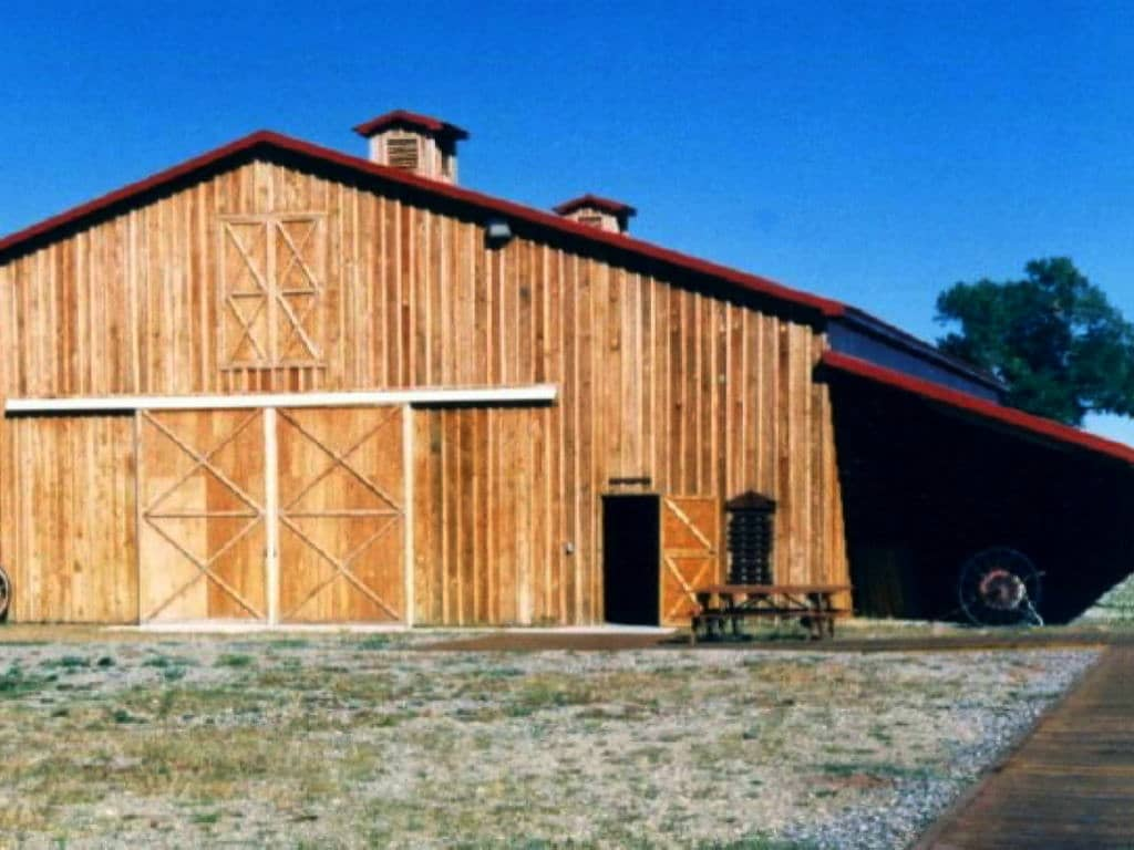 Right side of front of wooden barn.